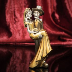 Lady in Mans Arms Figurine